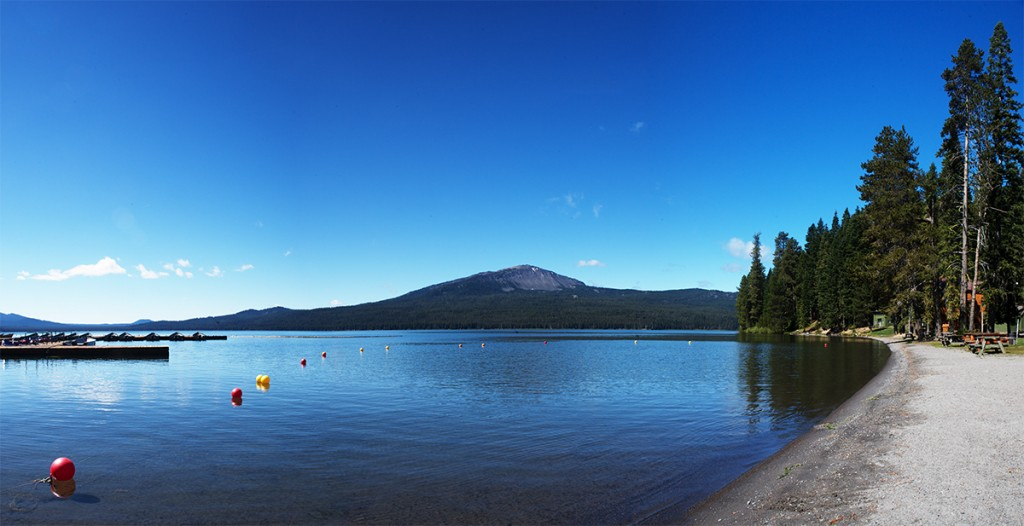 The beautiful Diamond Lake Resort in Oregon.